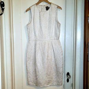 Taylor metallic silver ivory sleeveless dress 10
